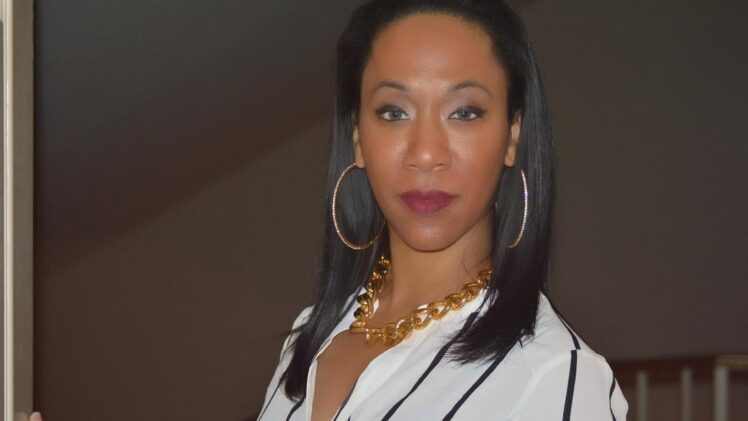 TIFFANY GAINES: THE ENTERTAINMENT EXECUTIVE TEACHING ARTISTS HOW TO EARN