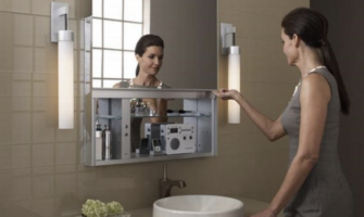 4 Reasons to Frame Your Bathroom Mirror