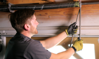 Check for These Signs to Know If Your Garage Door Needs Servicing