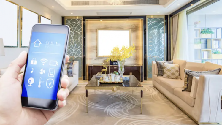 5 Smart Home Devices To Look For In Luxury Home Listing